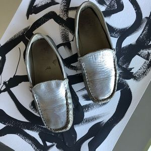 KIDS real leather silver metallic moccasins girls